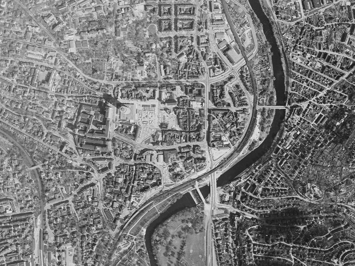 Luftbild von Jena aus dem Jahr 1982