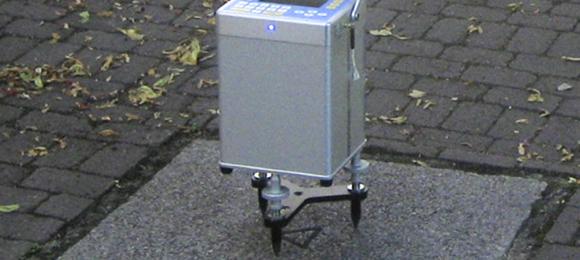 Foto eines Scintrex CG5 Relativgravitmeters