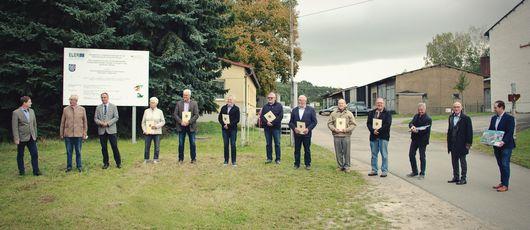 Abschlussfoto mit allen Beteiligten
