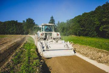 Bodenstabilisierung im Zuge des Ausbaus ländlicher Wege | Foto: VLF Thüringen