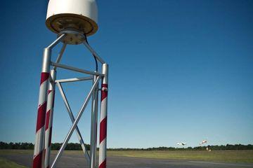 Antenne der SAPOS-Bodenstation in Schöngleina